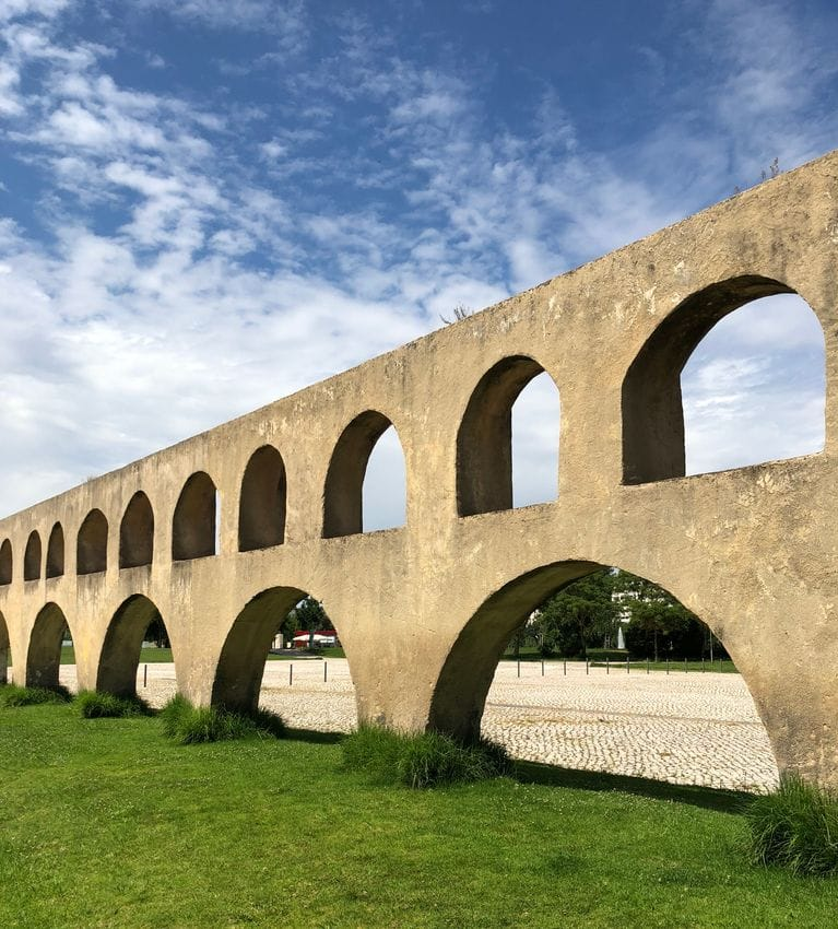 Campo dos Arcos Featured